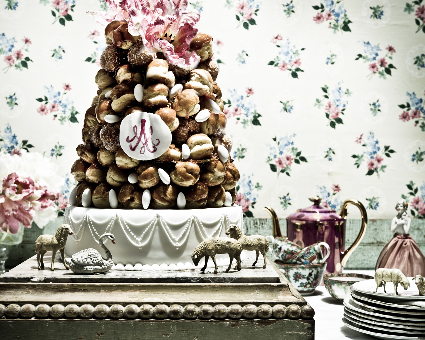 food stylist in Dallas - croquembouche - French Pastry - personal work photographed by Manny Rodriguez Photographer