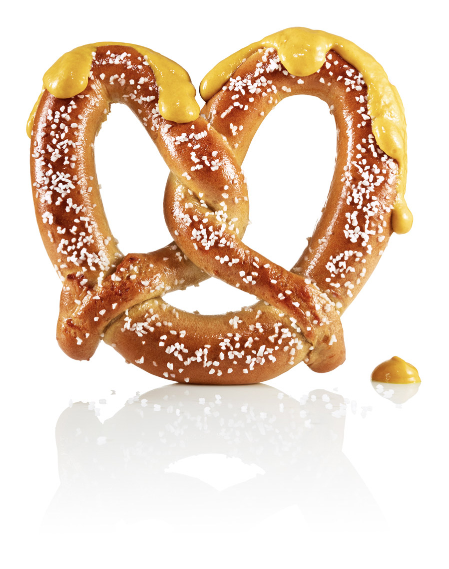 food stylist in San Fancisco - Pretzel with Mustard for 49ers Levi