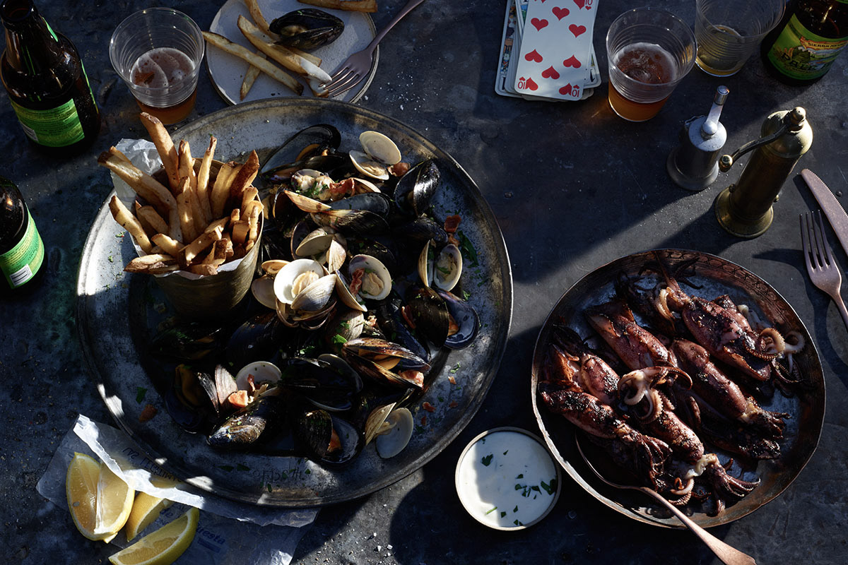 food stylist in San Francisco - Shellfish platter forSunset Magazine, photographed by Peden & Munk photographers