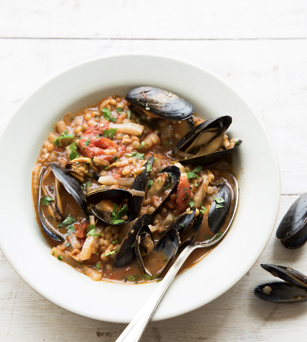 food stylist in San Francisco - Muscles Fra Diavolo for Healthy Dish of the Day Cookbook by Kate McMillan, photographed by Erin Kunkel Photographer