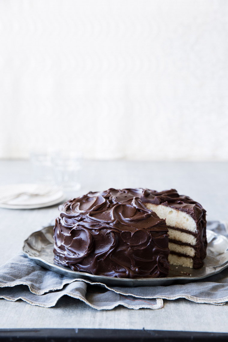 food stylist in San Francisco - Very vanilla cake with chocolate fudge frosting Let us All eat Cake cookbook - Catherine Ruehle author photographed by Erin Kunkel Photographer