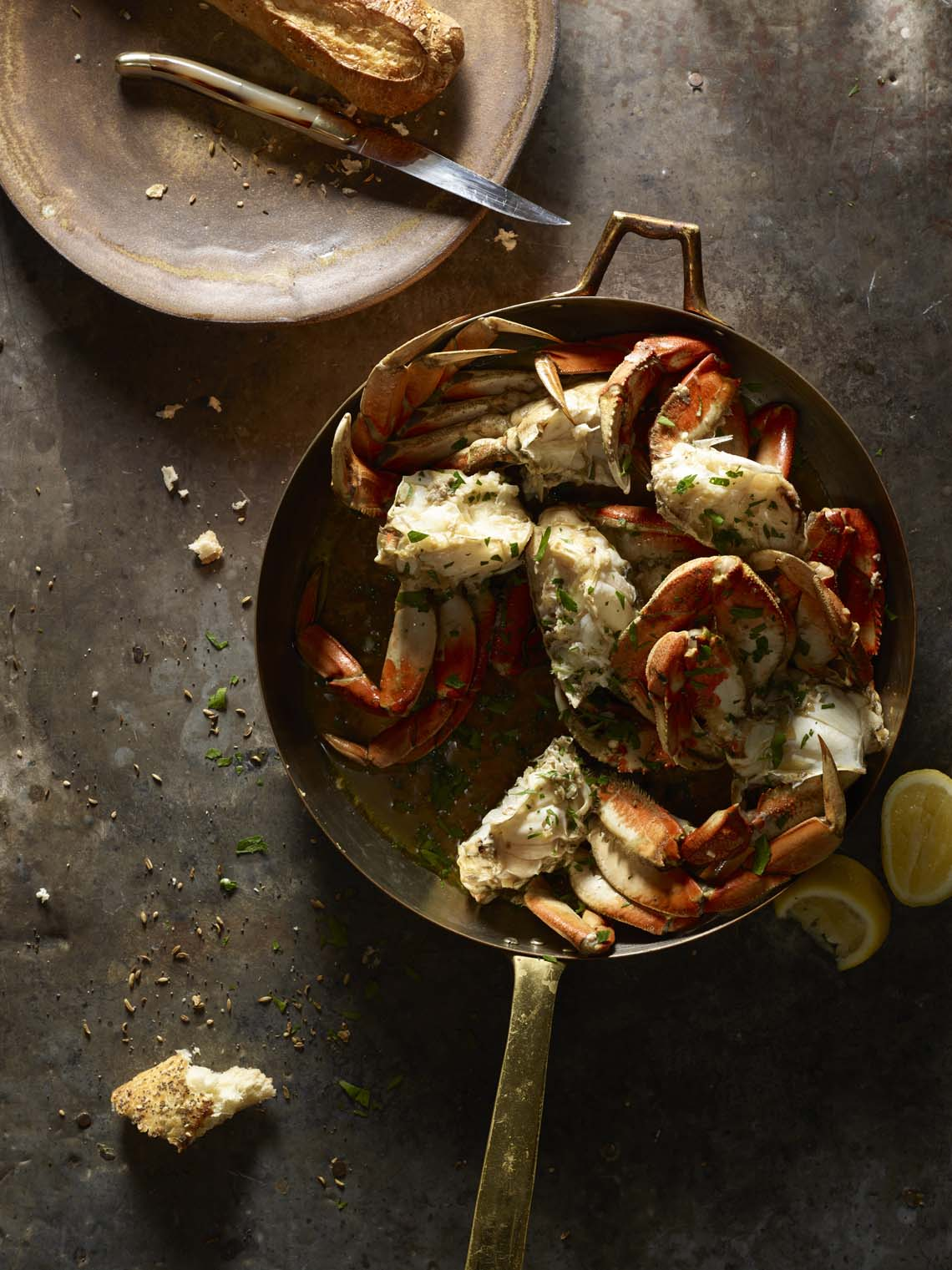 food stylist in San Francisco - Picture of Dungeness Crab with butter by Laurie Frankel Photography